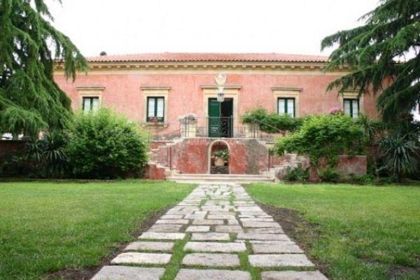villa-di-bella231C6EA5-078F-C95B-10C6-15BF4262C0C2.jpg